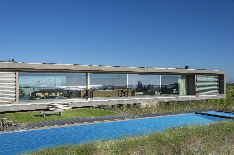 Hamptons Oceanfront Contemporary