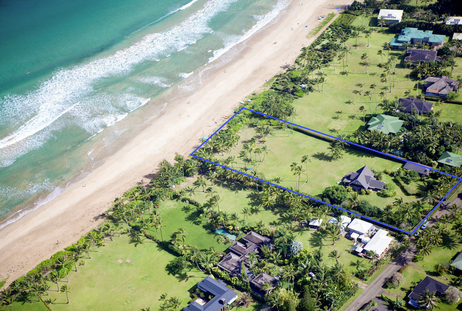 Julia Roberts' Beachfront Estate