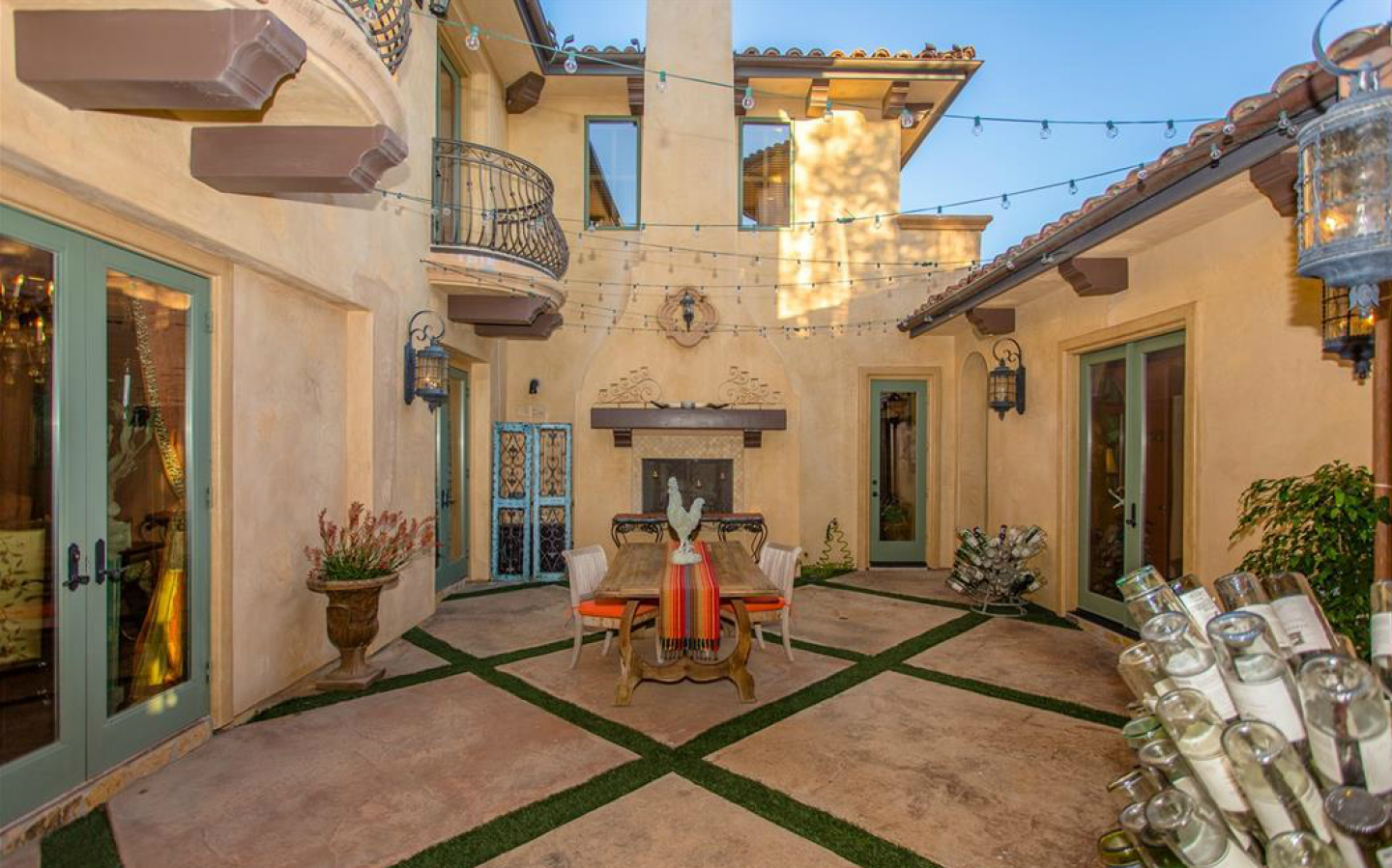 The inner courtyard reminiscent of the Tuscan variety in central Italy.