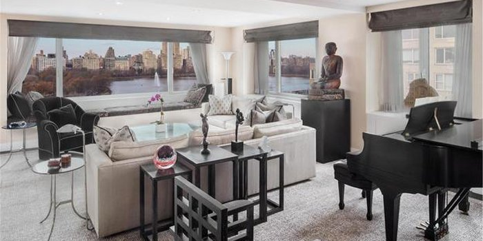 700x350xLiving-room-looking-over-park.jpeg.pagespeed.ic_.CwXA36JA6X-700x350