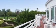 Max-Azrias-balcony-75a413