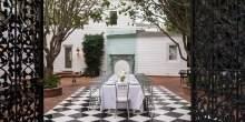 Max-Azrias-outdoor-dining-384d17
