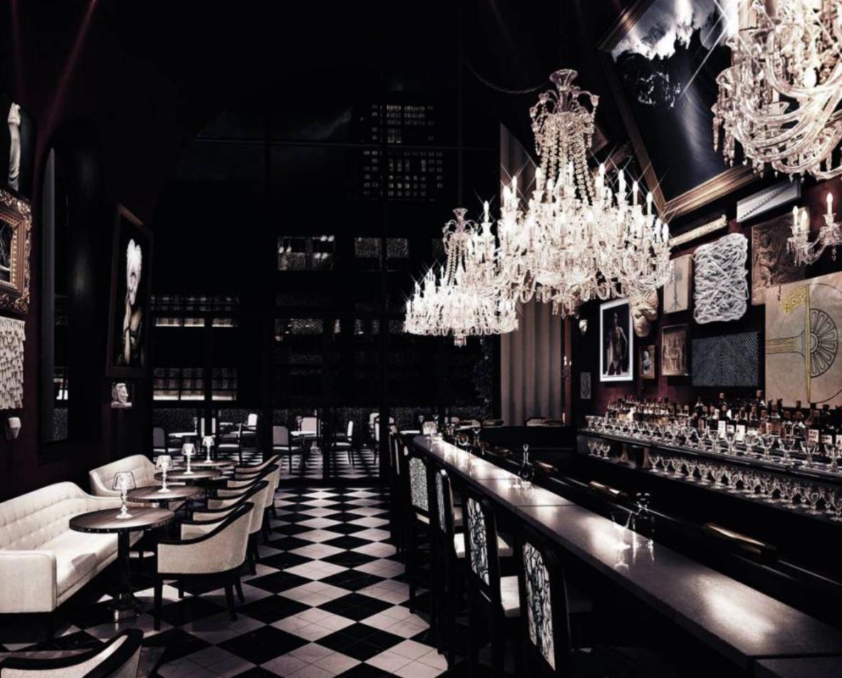 Baccarat bar elegance inspired from Paris
