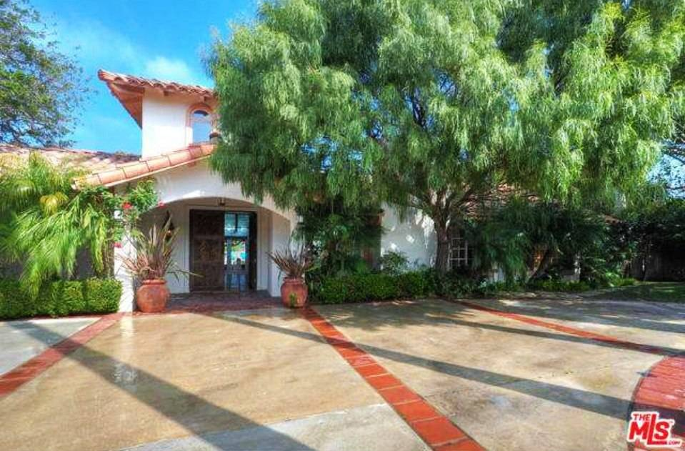 Sean Penn Wants $6.55 Million for Malibu Beach Estate