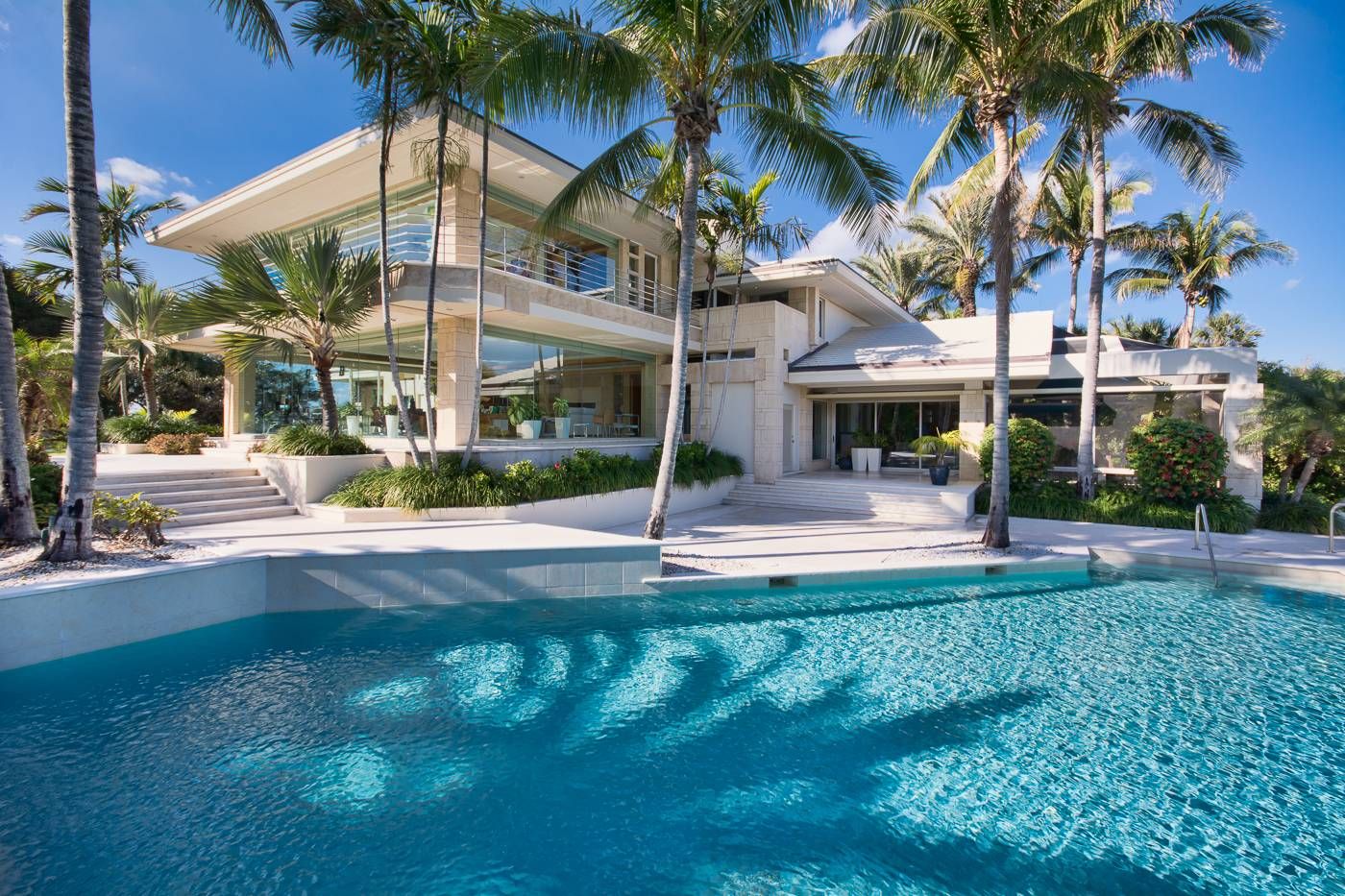 Rotating Jupiter Beach House