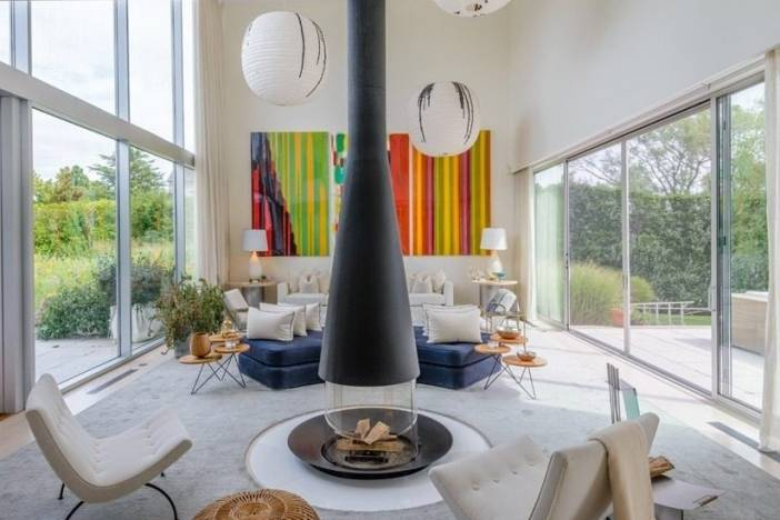 Sleek Contemporary in Watermill