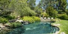 985-hot-springs-road-07-1620x1080