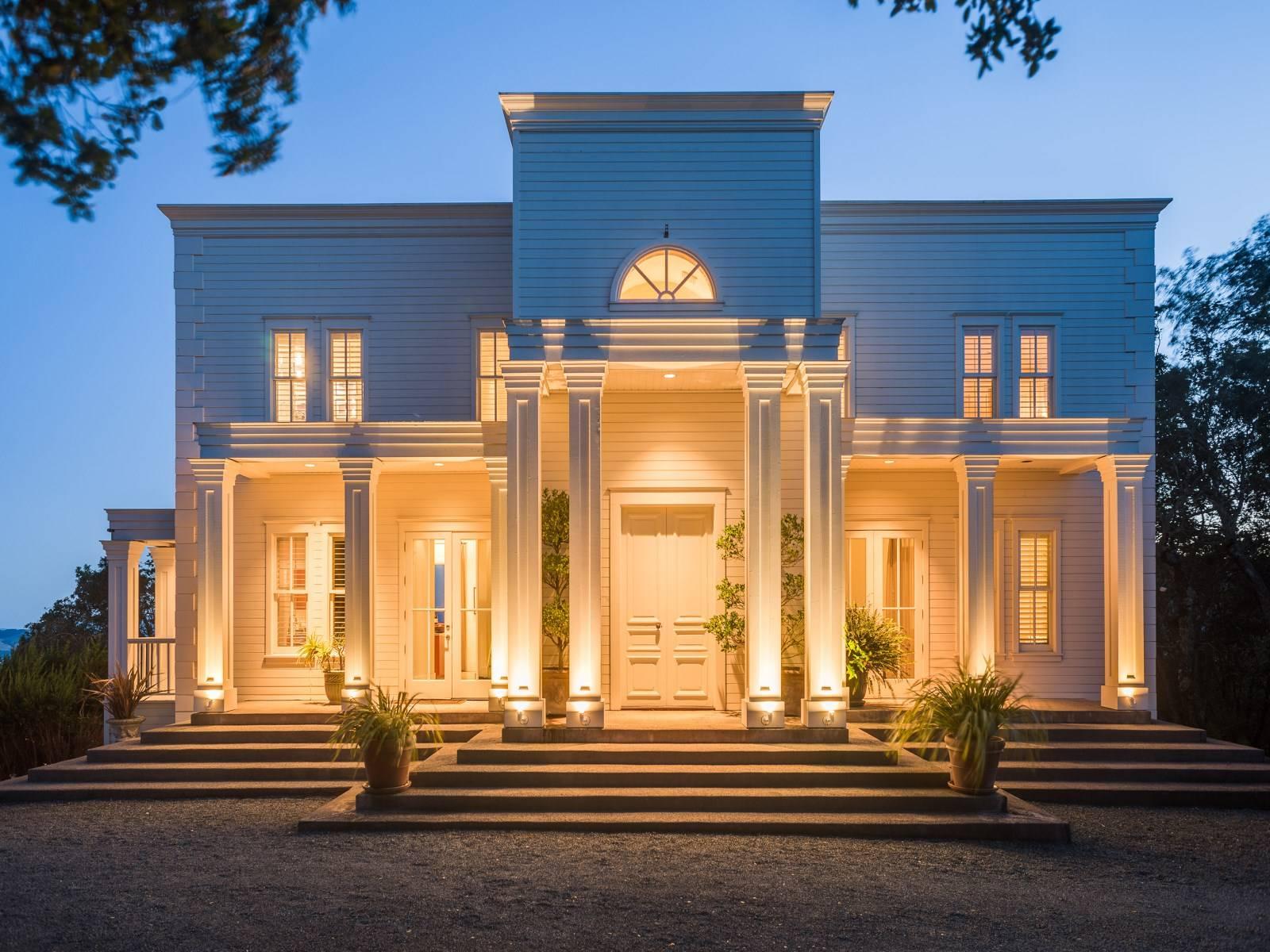 Elegant Palladian