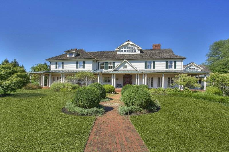 FIRST-RATE 'BLACK RIVER FARM' NEW JERSEY ESTATE