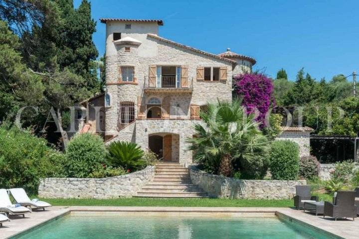 5 romantic french style estates for sale for French provincial homes for sale