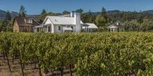 A Contemporary Vineyard Farmhouse 7
