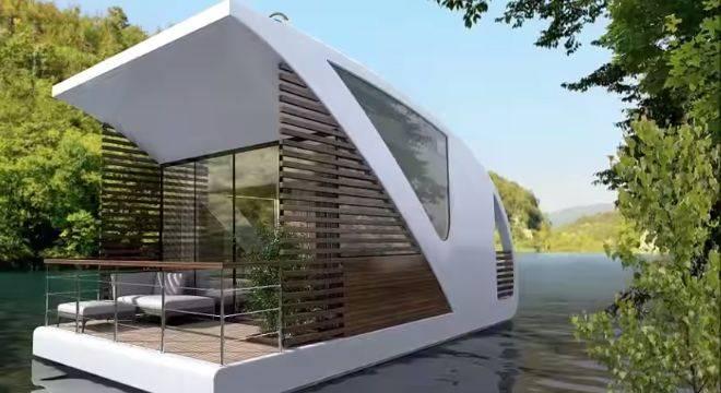 Floating hotel 1