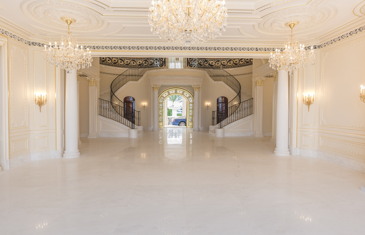 Asking Price For Florida S Le Palais Royal Has Increased