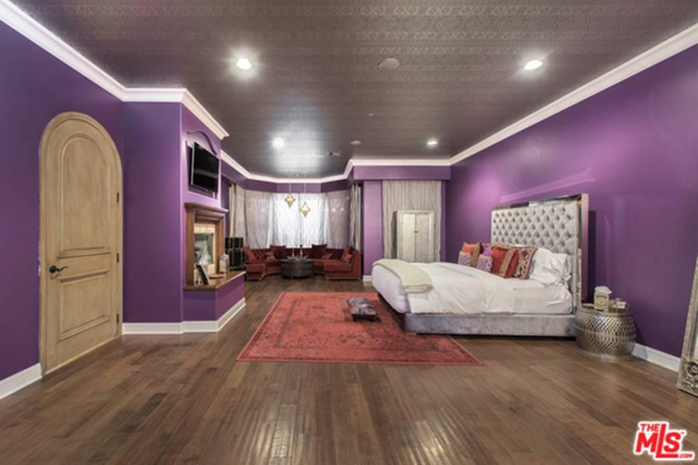 Selena-Gomez-House 6