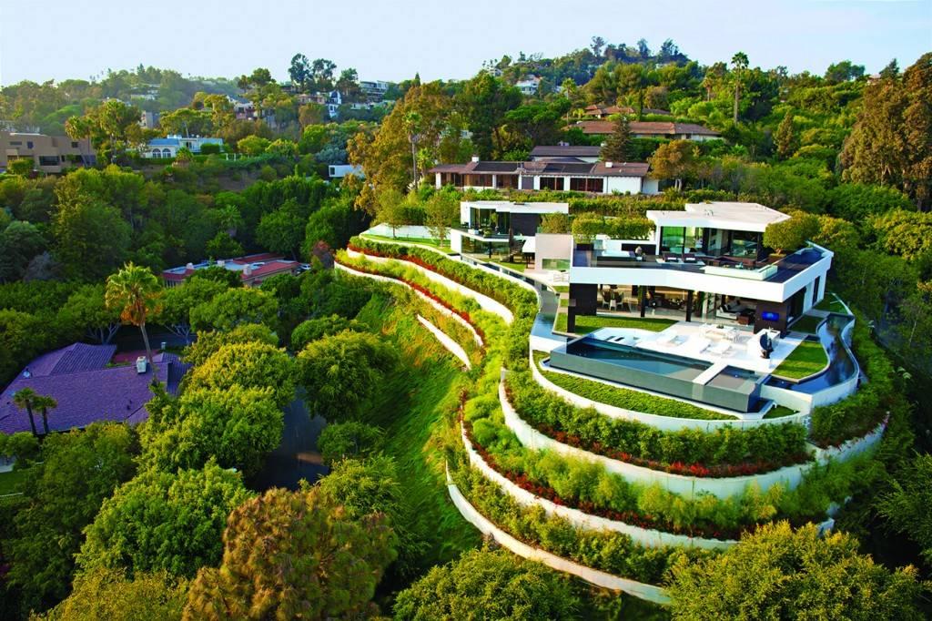 House on Laurel Way in Beverly Hills