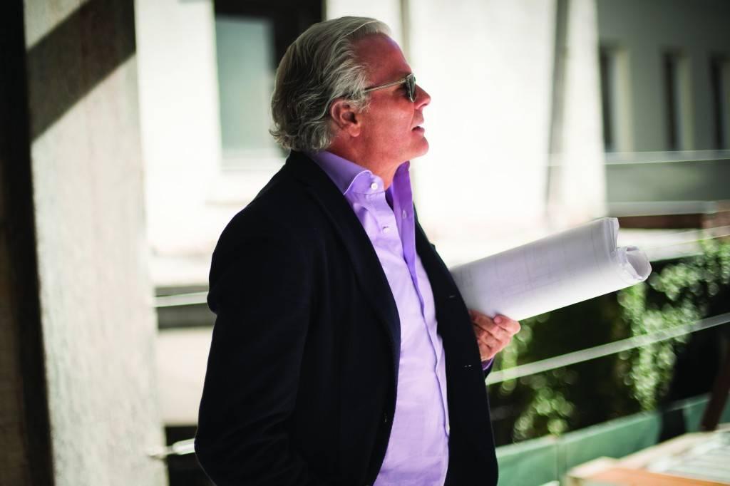 Roger Ferris, Architect