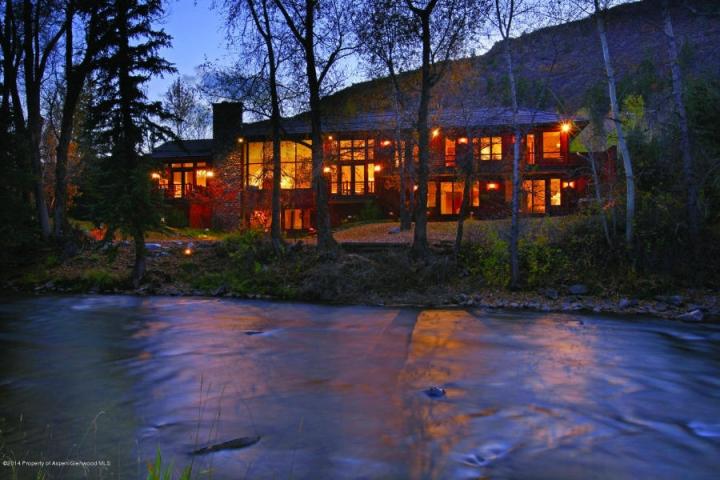 Majestic Riverfront Aspen Residence