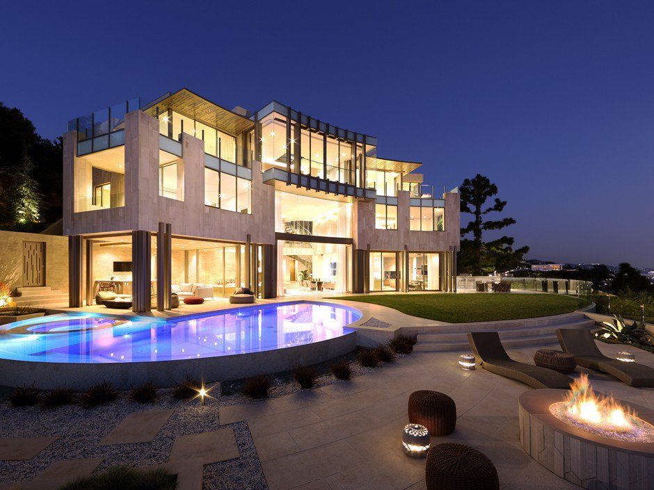 Cutting Edge Hollywood Estate on the Iconic Sunset Strip