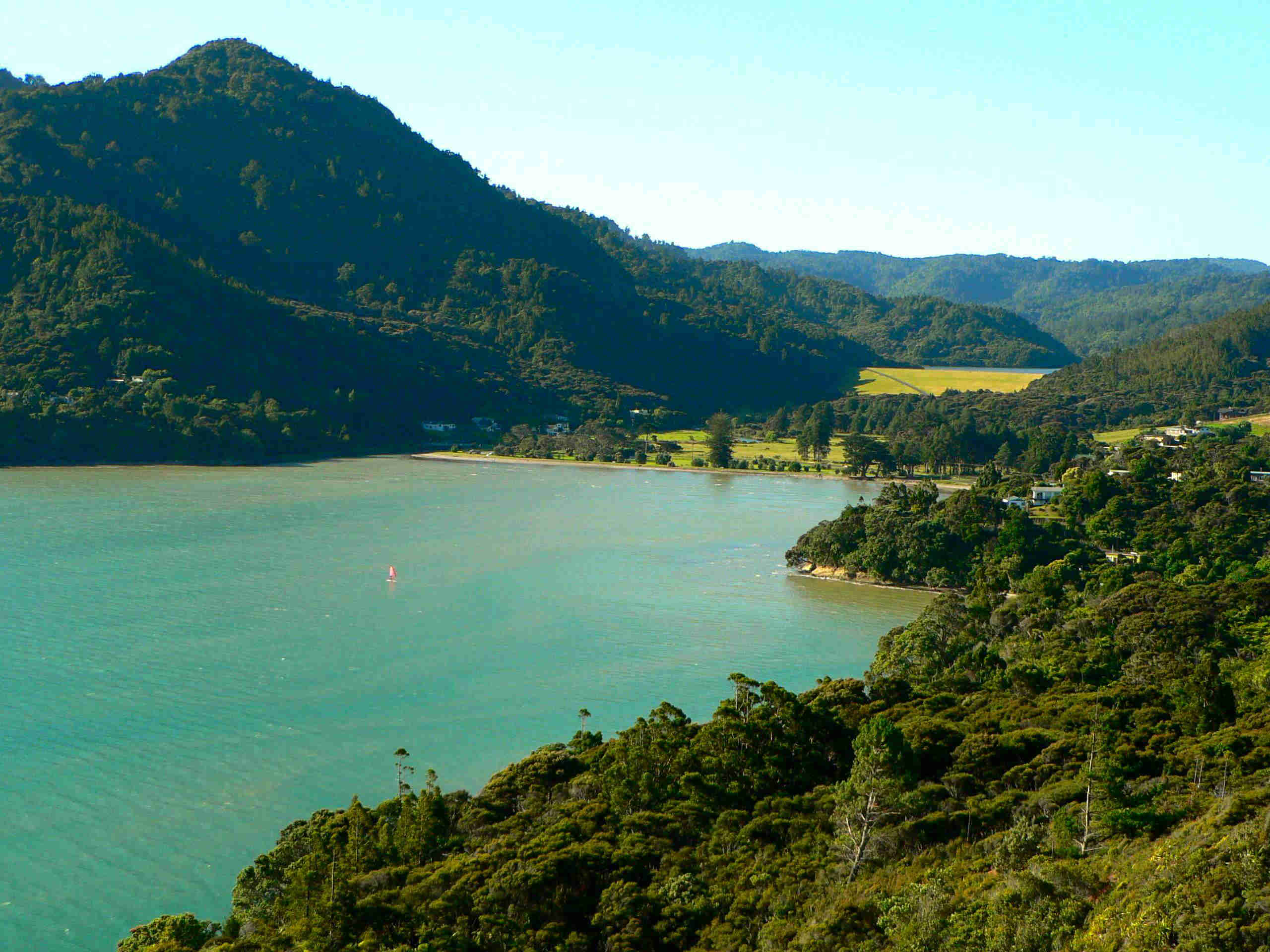 Huia_Waitakere_City_Auckland_New_Zealand