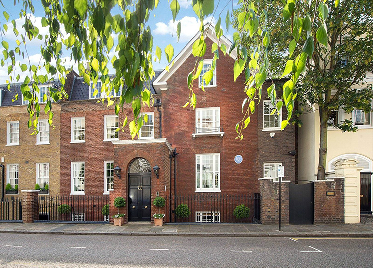 Sir Winston Churchill's former residence at 28 Hyde Park Gate