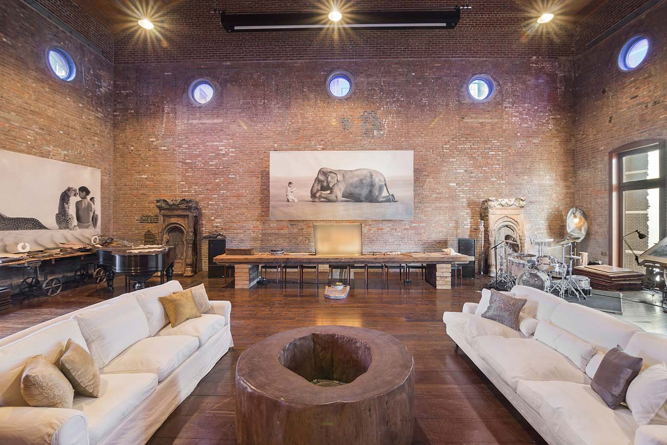 Extravagant Nyc Residence In Historic 1860 East Village Building