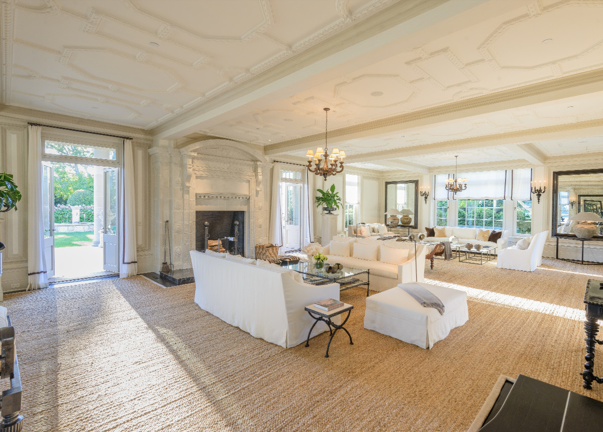 This summer 39 s most expensive hamptons home is asking 72m for Most expensive home in the hamptons