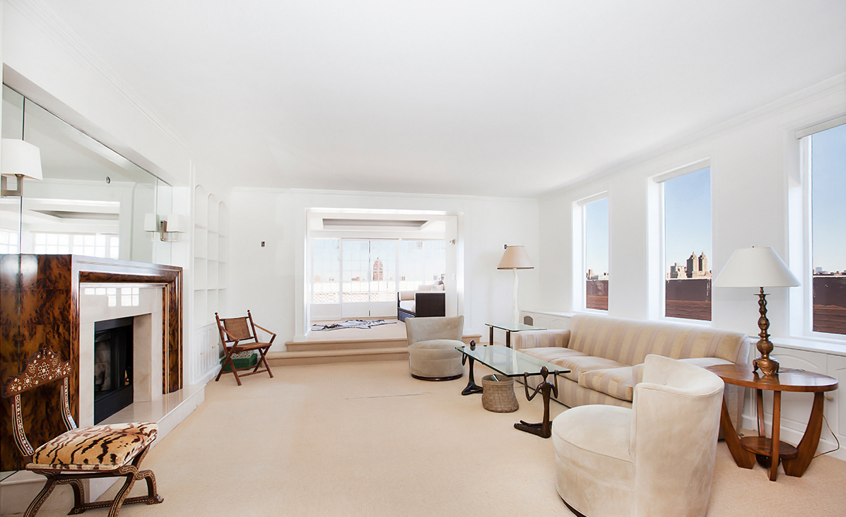 This penthouse is the most expensive 1 bedroom for sale in nyc for Central park penthouses for sale