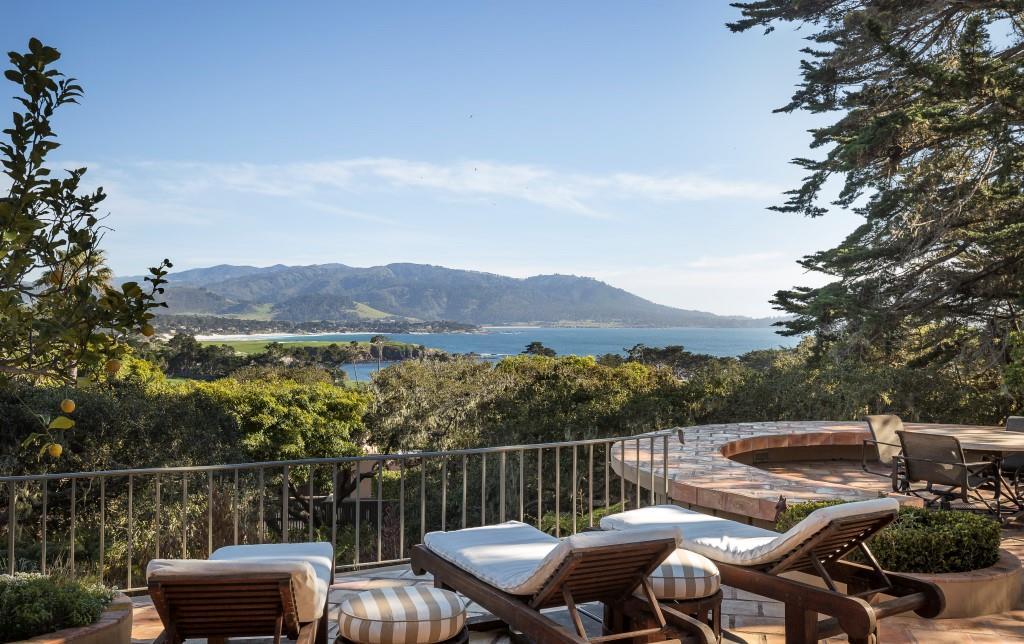 Elegant landmark pebble beach home for 17 mile drive celebrity homes