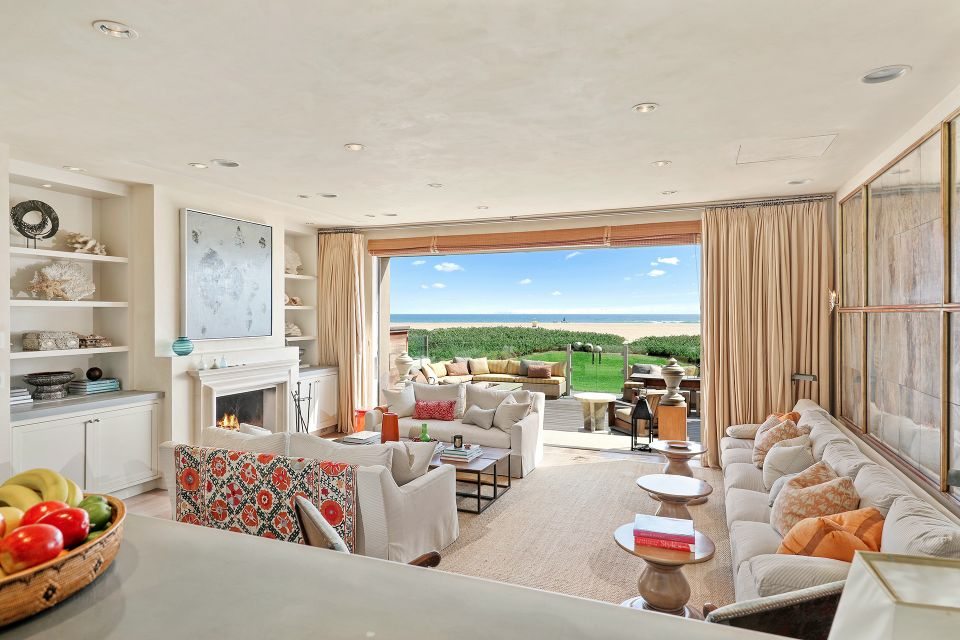 Newport Beach House Designed By The Obamas 39 Interior Designer Is Listed For