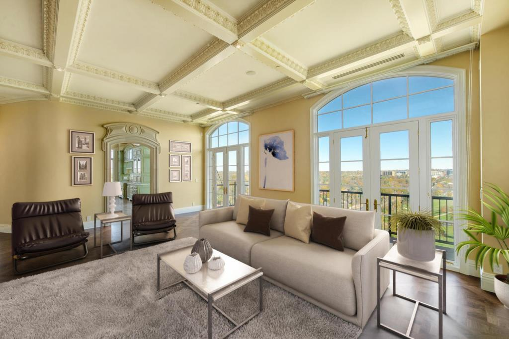 25 Downing Street Penthouse-MLS_Size-016-59-LIving Room-1800x1200-72dpi