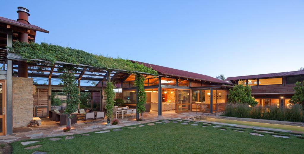 Leed Home casual but elegant leed home of steel and glass - haute residence