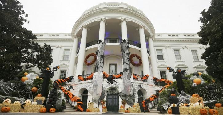 Obama-Halloween_sham-725x375