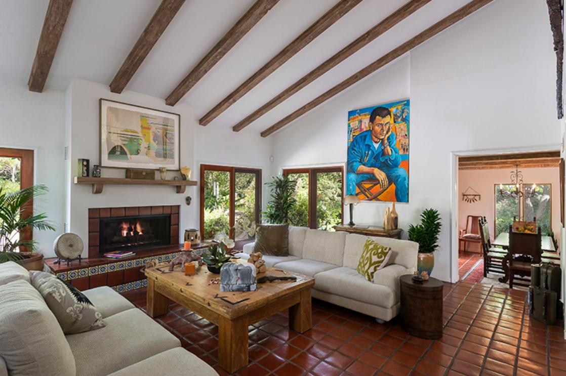 Stately Spanish Colonial Villa In Santa Barbara