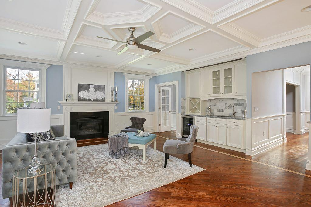1741 Cooper Rd Scotch Plains-print-017-10-Family Room-3000x2000-300dpi