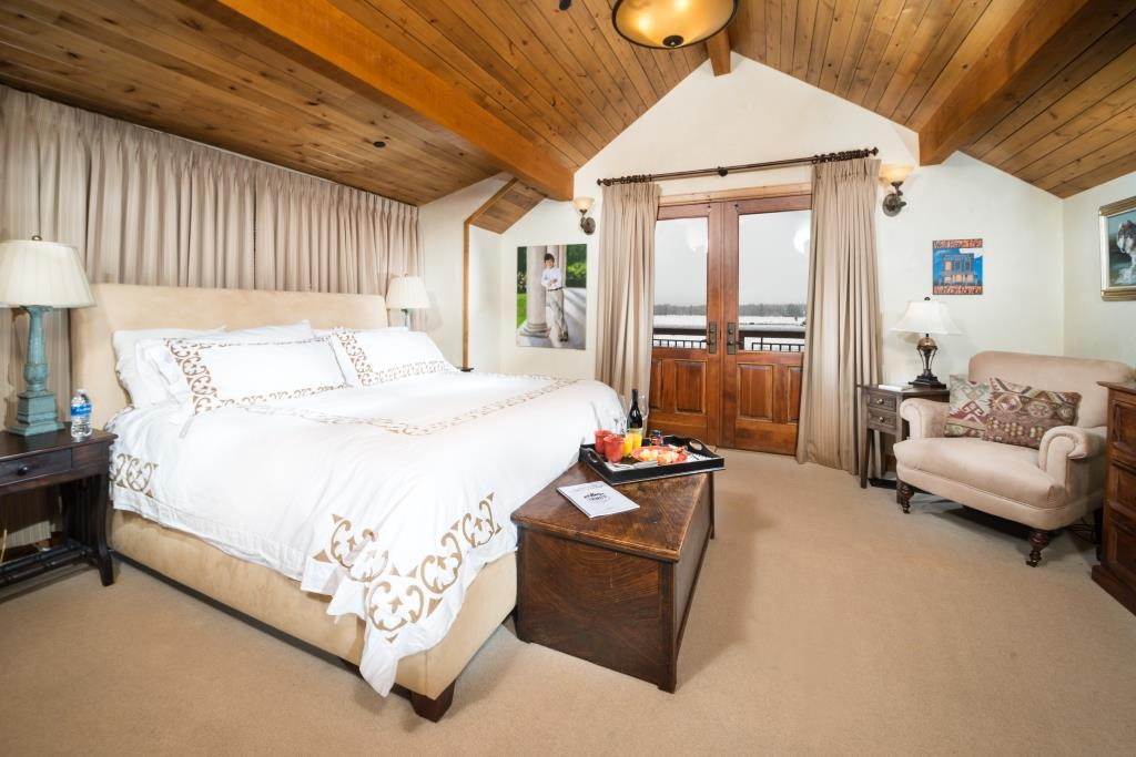 MasterBedroom copy 5