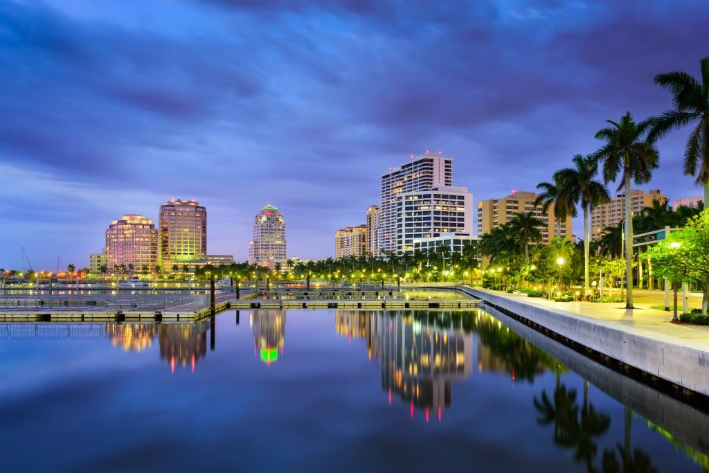 'Palm Beach Lux Group' offers Haute Residence readers a FREE annual 'Value Analysis Report.' Email: palmbeachluxgroup@gmail.com