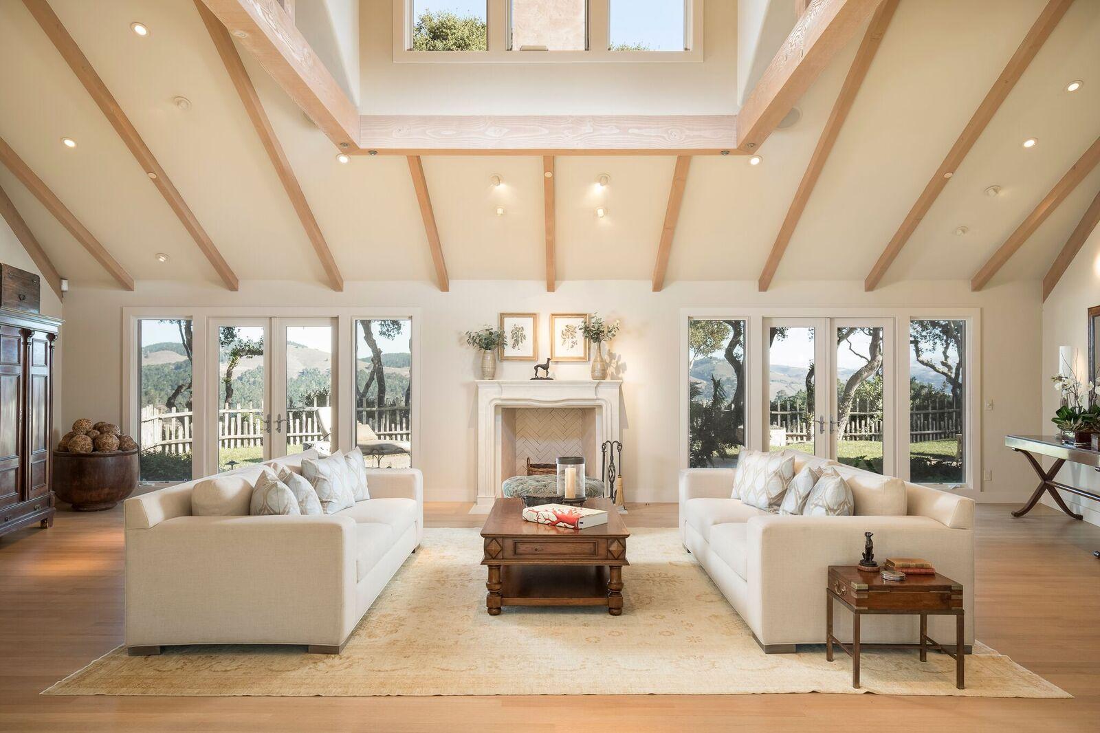 14-5482 Quail Meadows Dr-Living Room_preview