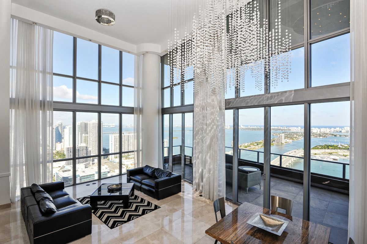 1100BiscayneBlvd490506_MiamiFlorida_Denver_Bright_DouglasElliman_Photography_59121155_high_res