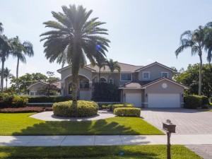 2570 SW 105th Terrace Davie FL-large-002-28-Front Exterior-1336x1000-72dpi