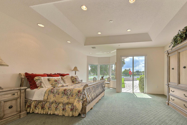 2570 SW 105th Terrace Davie FL-large-043-11-Master Bedroom-1500x1000-72dpi