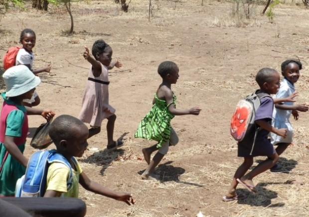 Twabuka School Children Photo