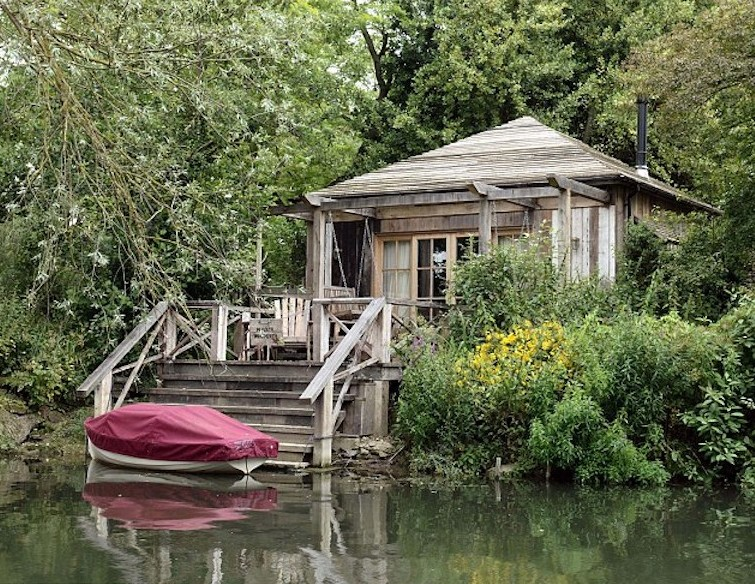 George Clooney boathouse