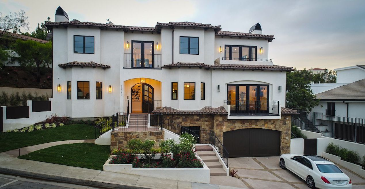 Serena Williams Beverly Hills home exterior