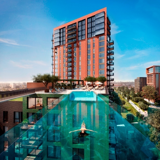 Crazy sexy cool ultra deluxe apartments with glass for Pool design london