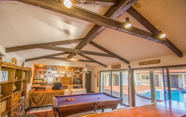 Klay Thompson living room