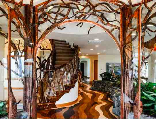 Luxury Homes That Are Themselves Works Of Art