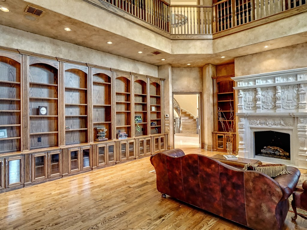 019_Library