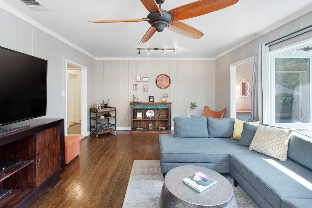 5616 Calhoun Ave Van Nuys CA-print-005-23-Living Room-4200x2800-300dpi