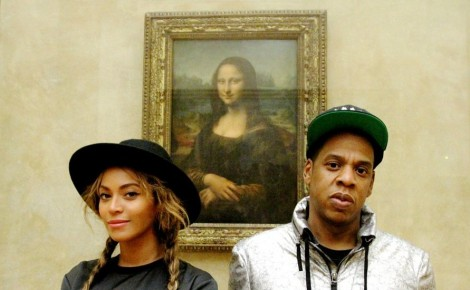 Beyonce and Jay-Z in front of the Mona Lisa in Paris