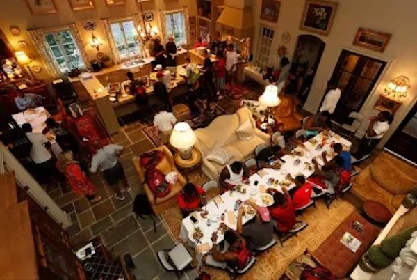 Nick Saban hosts dinner for players at his lake house